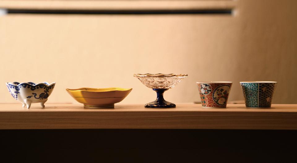 様々なデザインのお皿